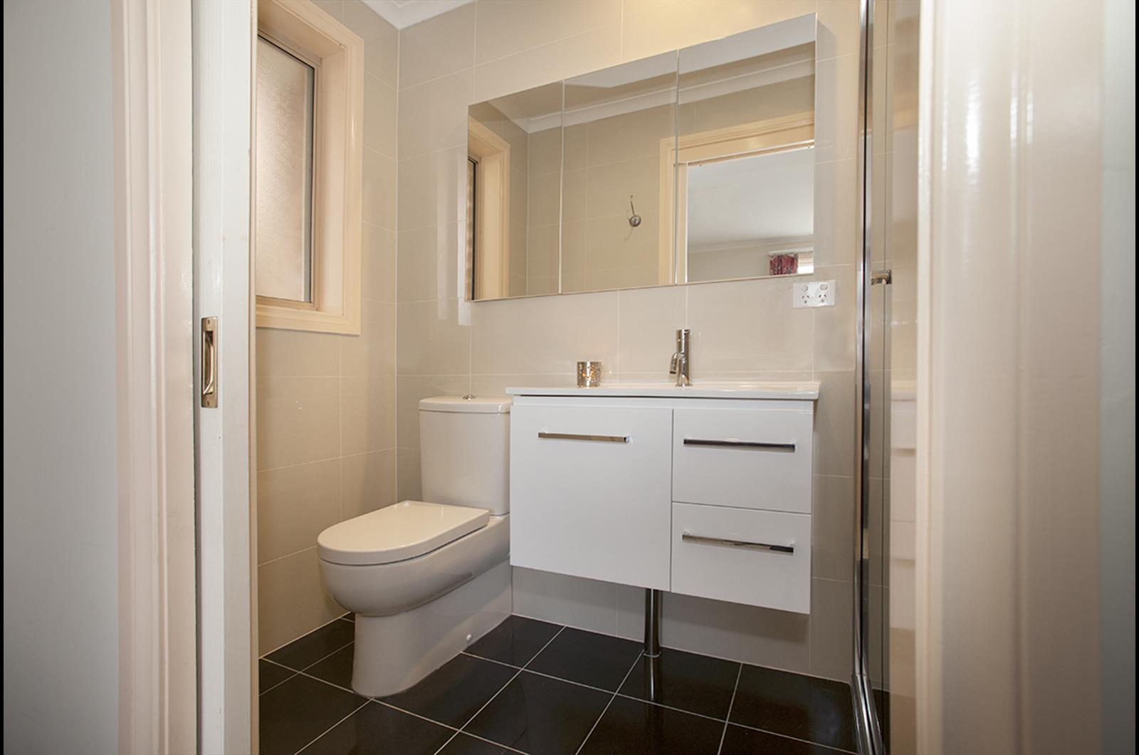 Glamorous 70 bathroom renovations canberra decorating for Ensuite bathroom renovation ideas